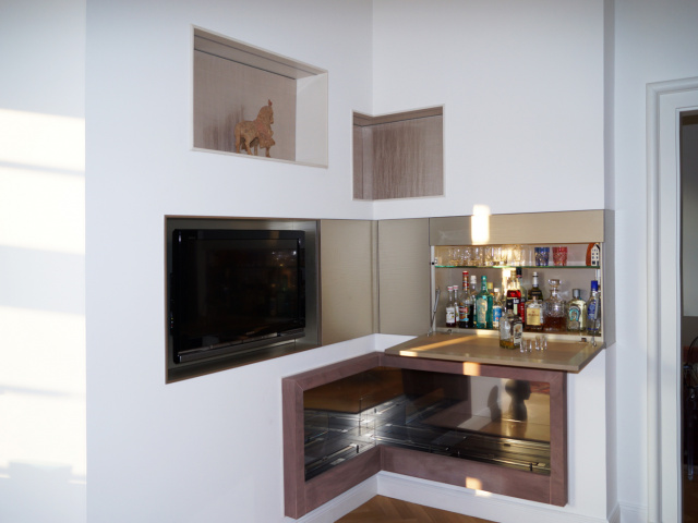 Gestaltung Kaminwand mit Minibar Düsseldorf 2013